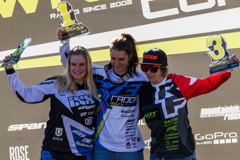 Awards Ceremony Elite Women Overall - SDC Bellwald 2015