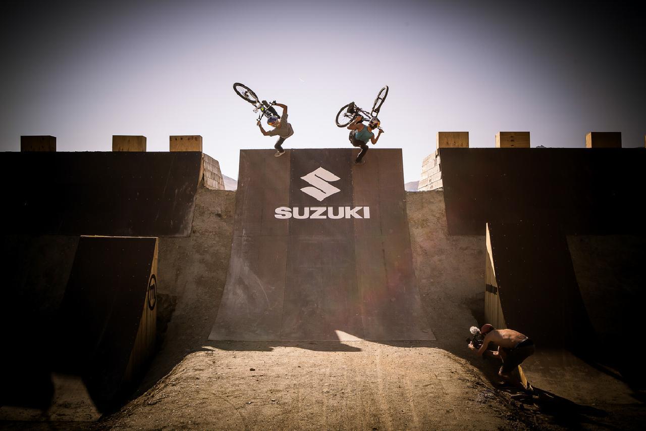 Der diesjährige Kurs für die Suzuki Nine Knights kombiniert Dirtjump- mit Freeride-Elementen.