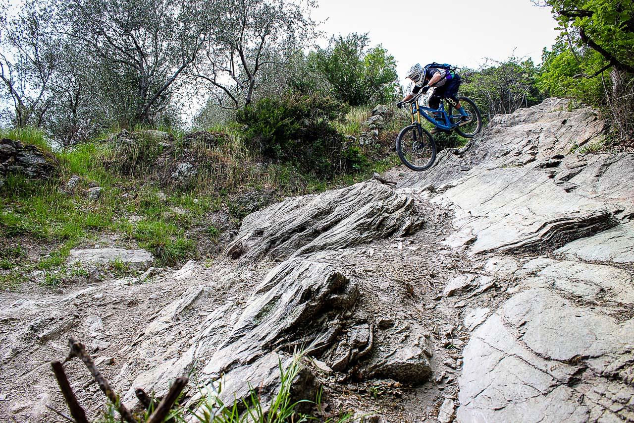 Wir haben das TR500 auf den legendären Trails von Finale Ligure getestet!