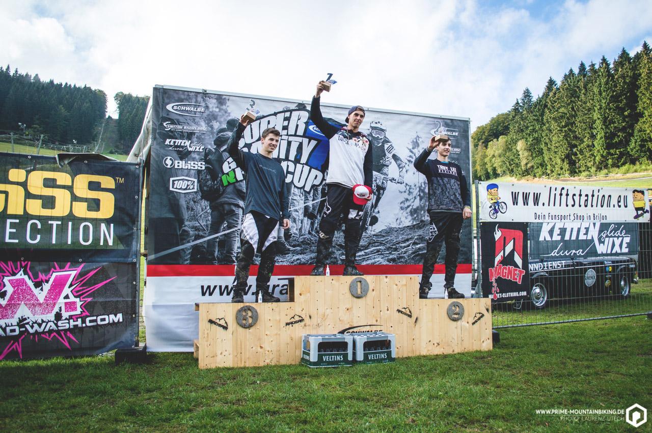 Die Super Gravity NRW Cup Gesamtsieger der Jugend U17/U15.