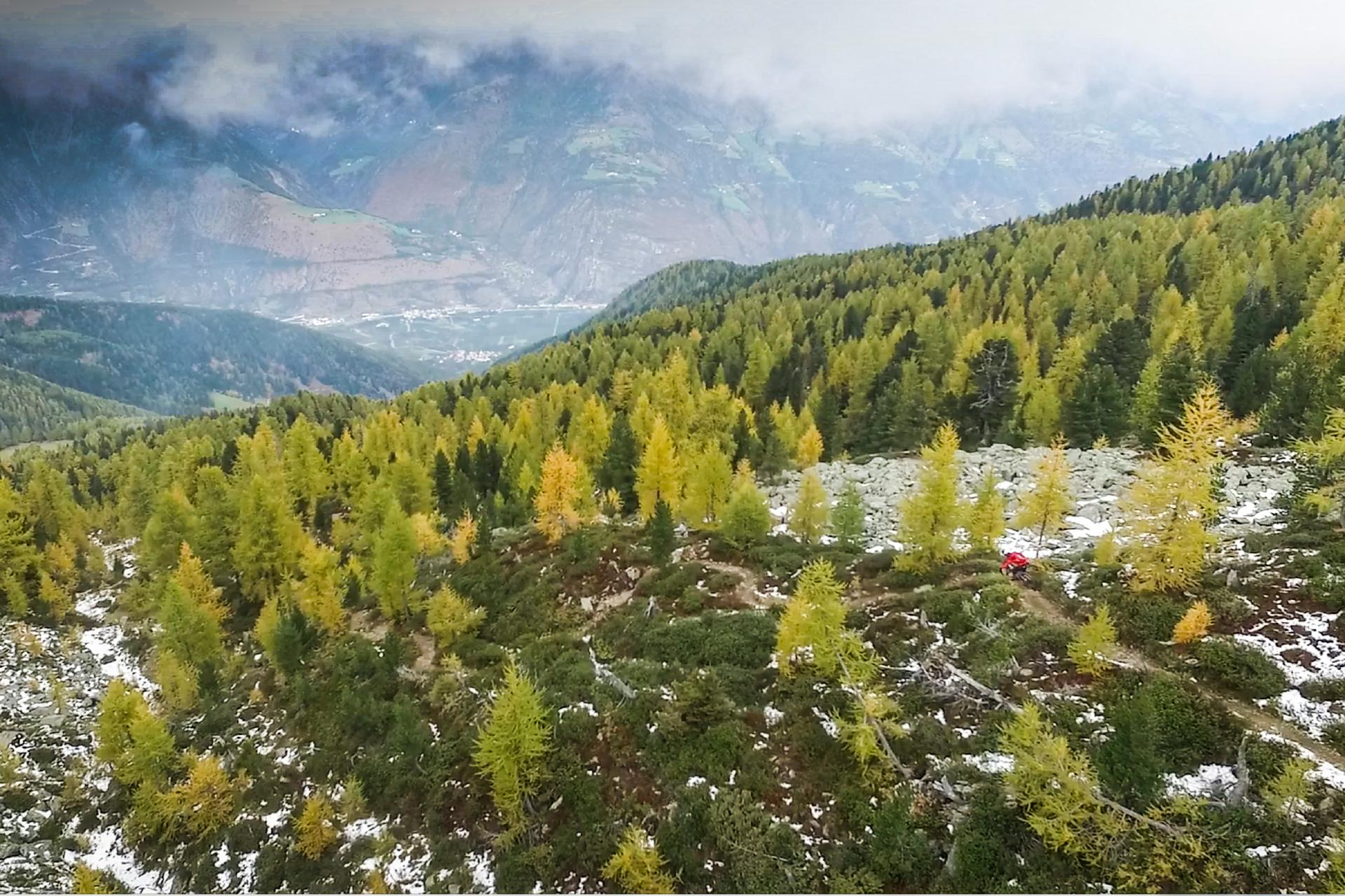 Latsch bietet feinste Trails und eine extra lange, schneefreie Saison. Meistens ...
