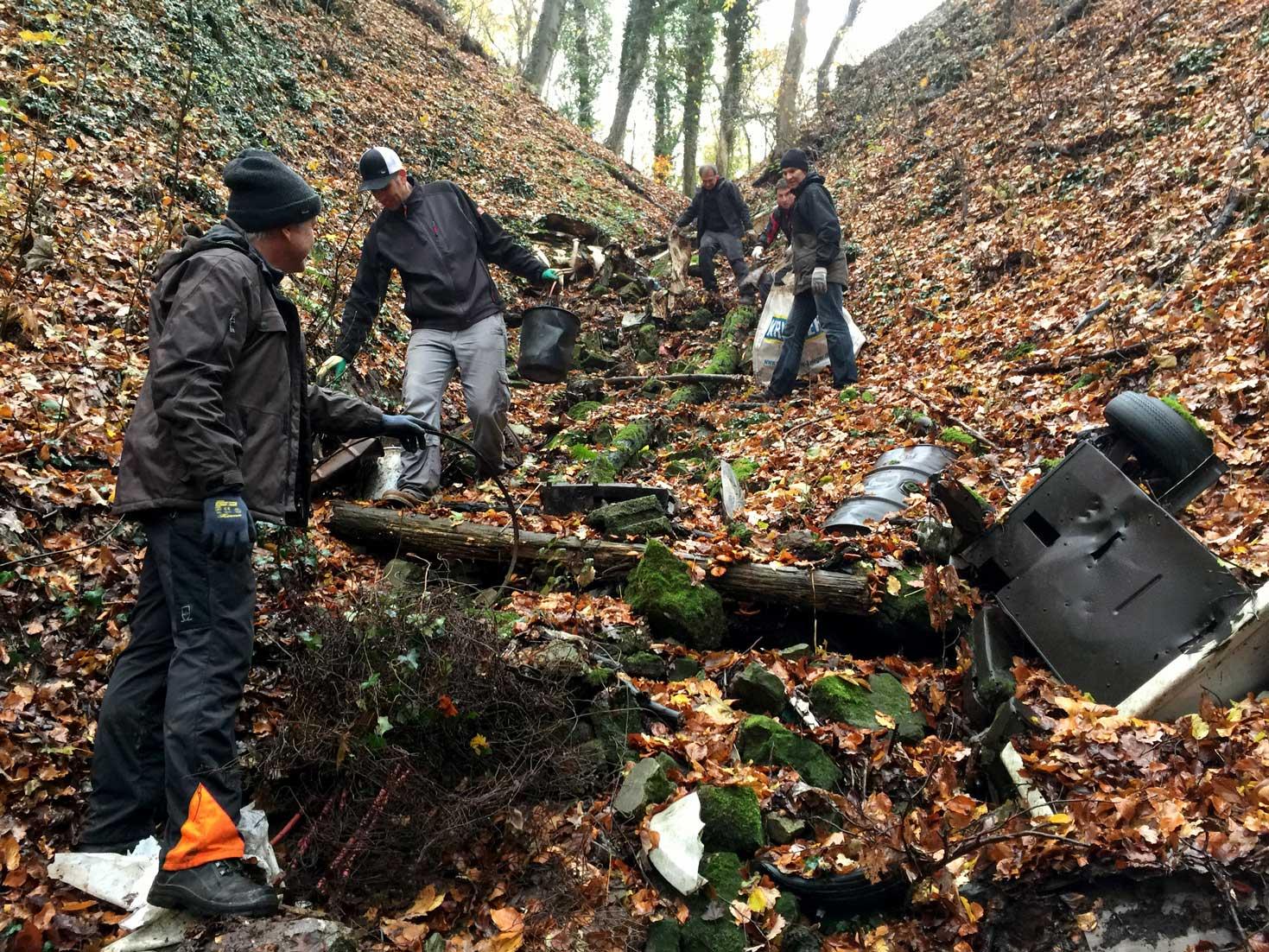 Der Verein Trailsurfers sammelte beim Woodland Cleaning Day den Müll im Gemeindewald von Beilstein.