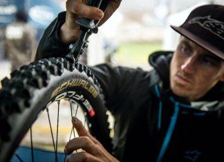 Schwalbe Tread Cutter - Reifenzange