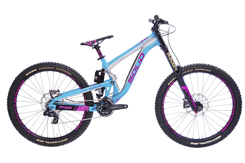 Das Flare Evo von Solid Bikes hat außer der weiblichen Lackierung noch eine ganze Menge mehr zu bieten!