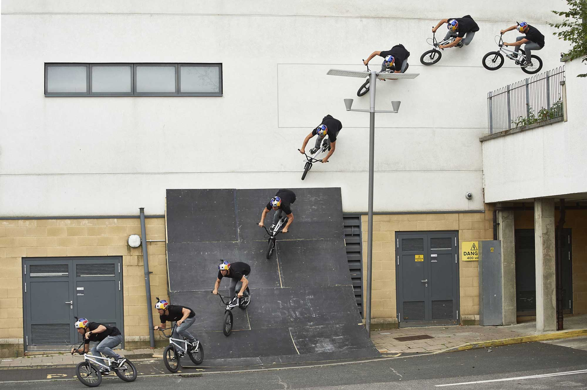 Sebastian-bas-Keep-Walls-video-red bull