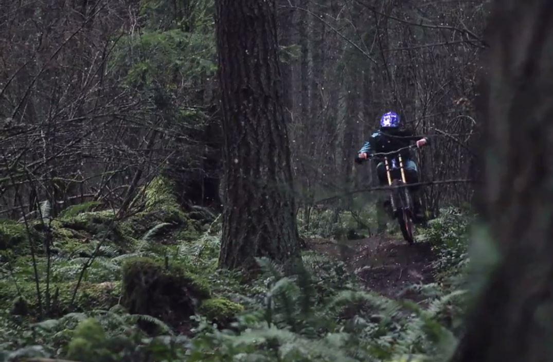 Dieser elektrisierende Edit von einem kanadischen Videografiegenie hat es in unsere Classic Flicks geschafft - Kannst du es erkennen?