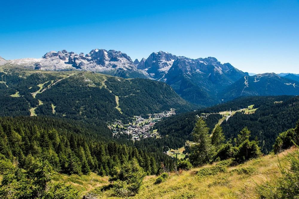 Ryanair erschließt neue Wege für Mountainbiker: Von Hamburg, Nürnberg oder Berlin kann man ab sofort den Flughafen in Verona ansteuern und ist im Handumdrehen im Trentino.
