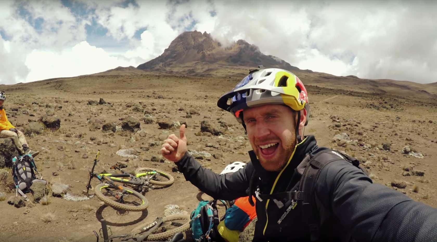 Hans Rey und Danny MacAskill vs. Kilimanjaro