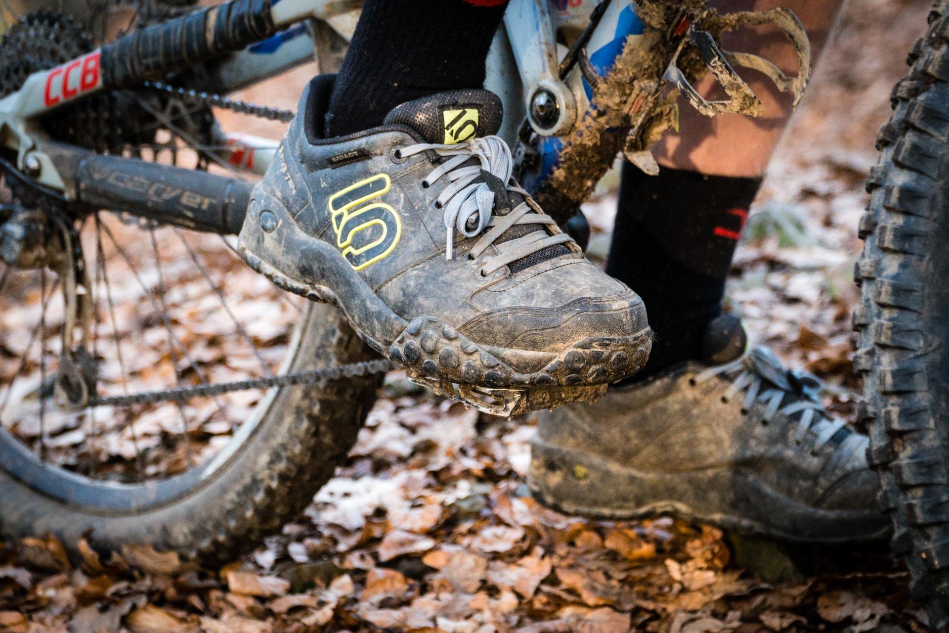 Der dritten Auflage des Five Ten Sam Hill wurde optisch ein Facelift verpasst, der sich sehen lassen kann. Doch was kann der schmucke Schuh noch?