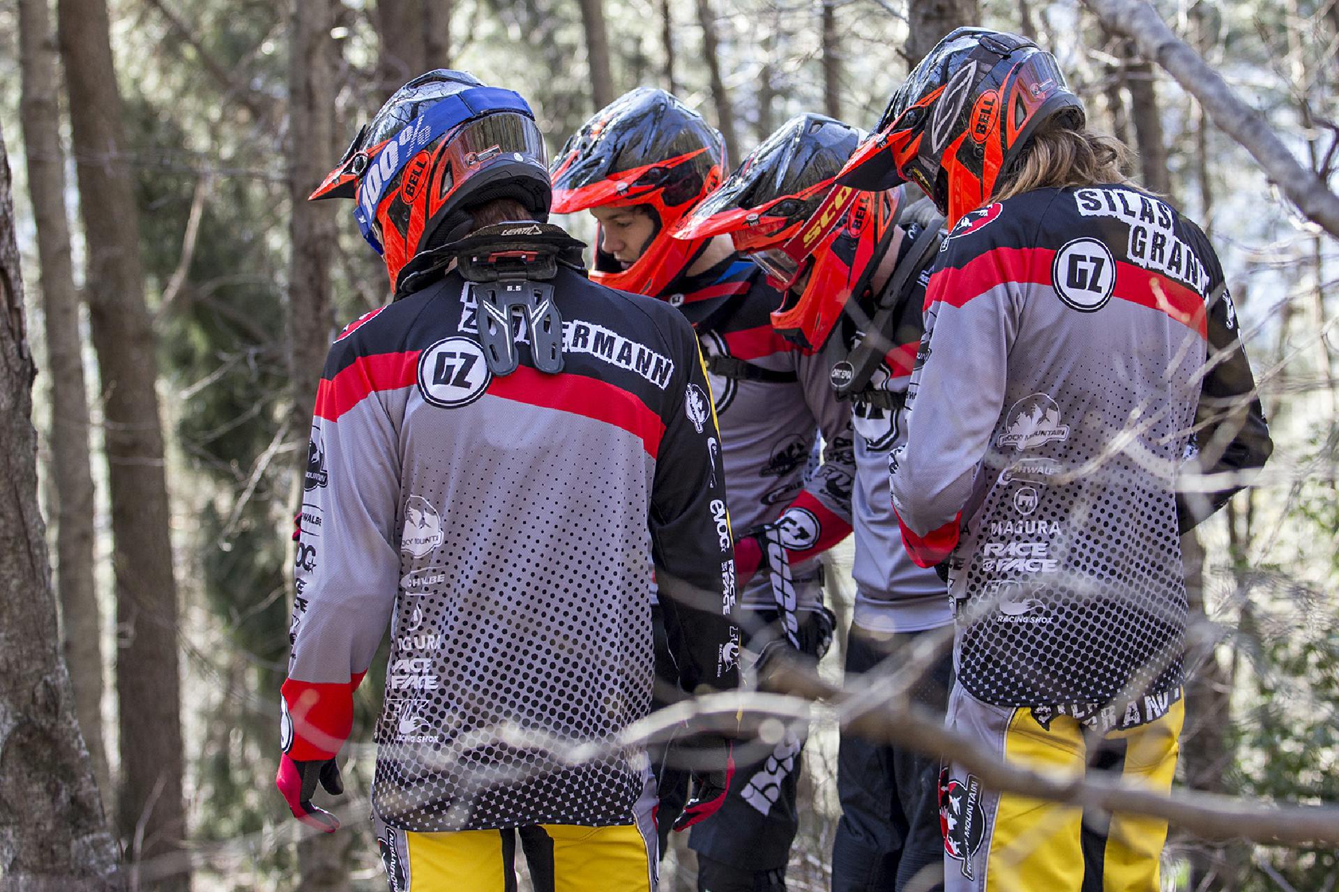 Gegenseitig werden die Jungs vom GZ-Rocky Mountain Team sich zu Höchstleistungen anstacheln, da sind wir uns sicher!