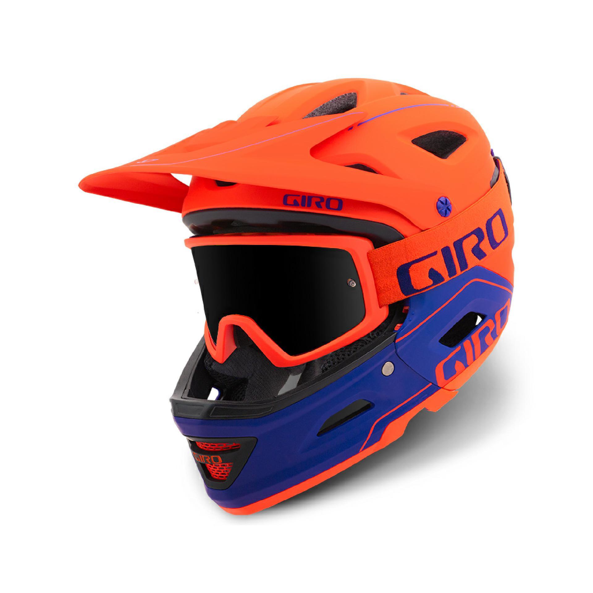 Der Giro Switchblade ist der erste vollwertige, Downhill zertifizierte, Fullface Helm mit abnehmbarem Kinnbügel.