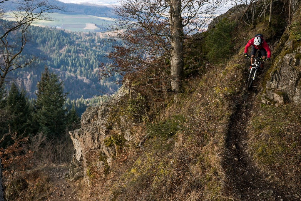 Technische Trails mit dem Bike meistern, komme was wolle - das ist Harald Philipps Leidenschaft.