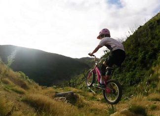 10-jährige Mountainbikerin