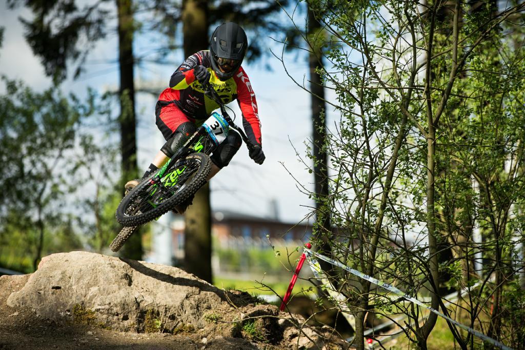 Beim zweiten Lauf des iXS European Downhill Cups in Willingen kämpfte ein internationales Fahrerfeld um den Sieg.