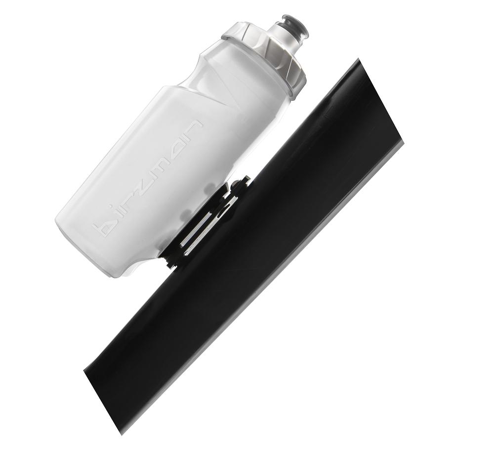 Die neue Trinkflasche von Birzman featured ein neues, innovatives Halterungssystem.