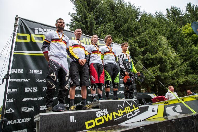 Wir haben neue Meister! Von links nach rechts: Dominik Dierich, Markus Bast, Raphaela Richter, Max Hartenstern, Hannes Lehmann.