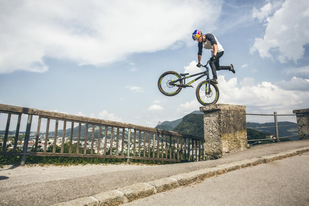 Egal welches Bike - Fabio Wibmer hat es im Griff.