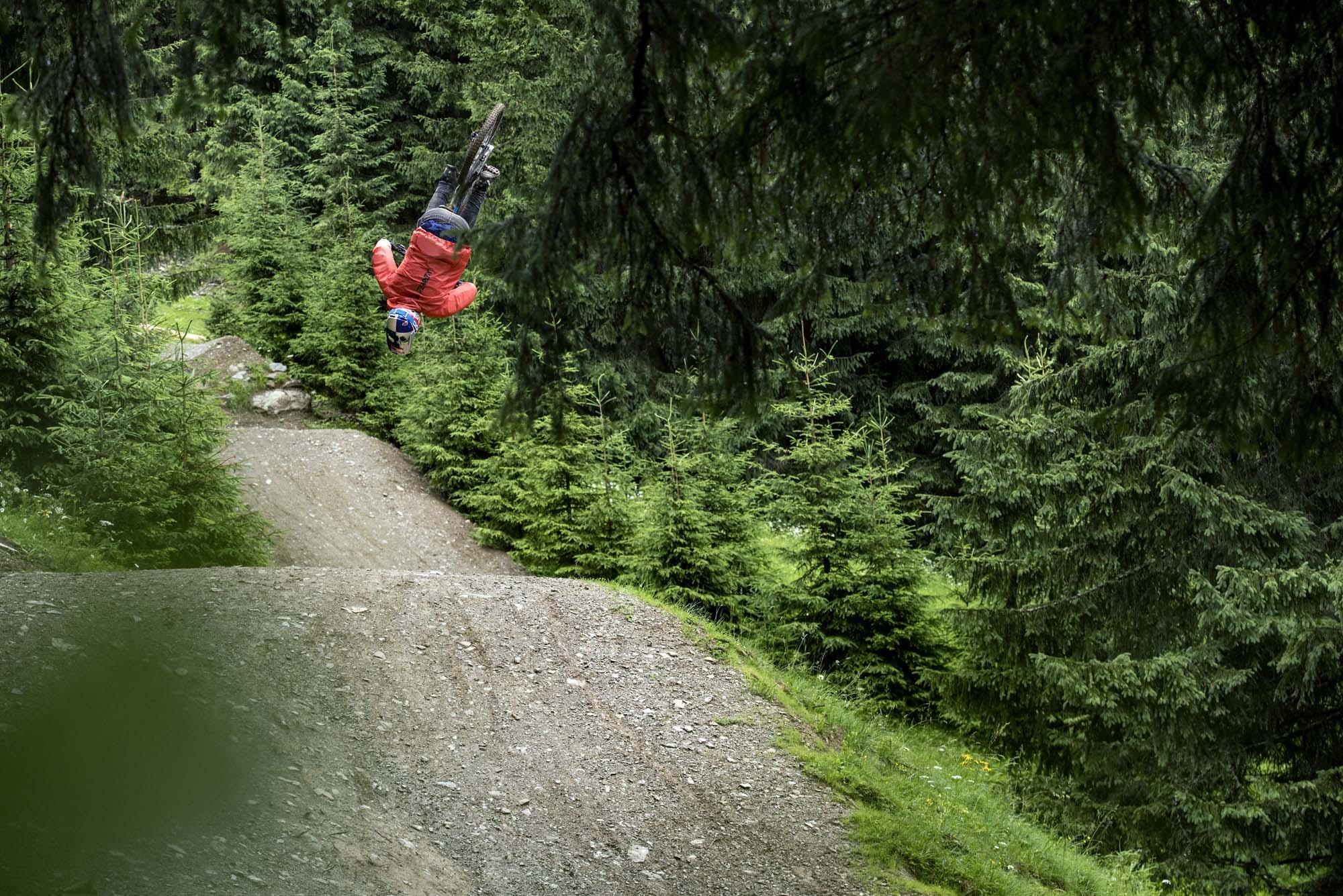 Martin Söderström und BMW Mountains