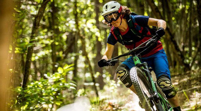 Tanja Naber unterwegs: 3-Länder Enduro Race (Foto: Sven Martin/ Santa Cruz Bicycles)