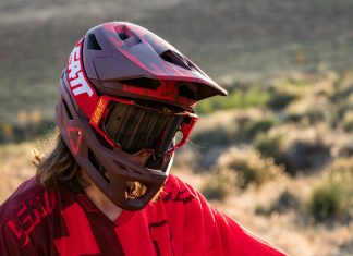 Leatt DBX 4.0 Fullface-Helm